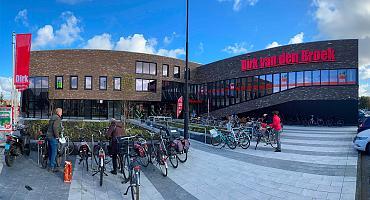 Hypermoderne Dirk supermarkt Volendam geopend